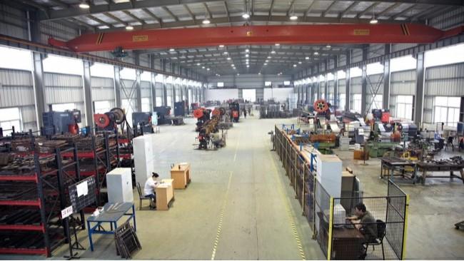 做仓储笼的机械设备有哪些?