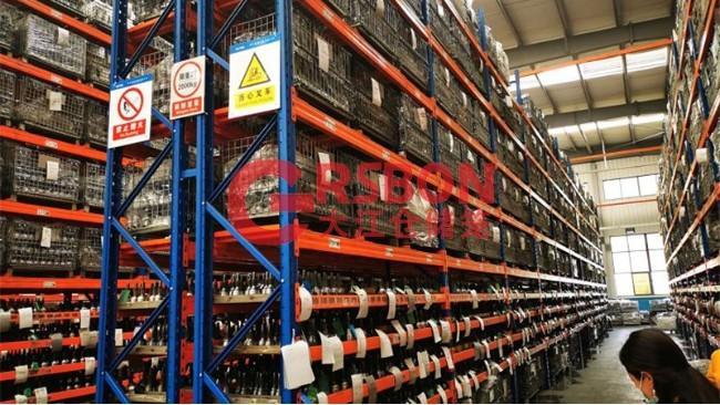 【货架仓储笼】货架仓储笼上货架时需要注意的问题